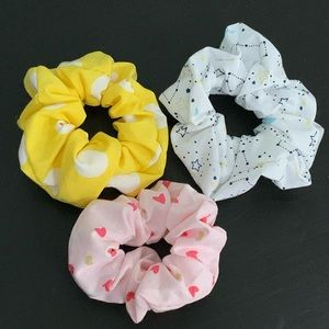 Scrunchies (bundle of 2 minis and 1 regular sized)